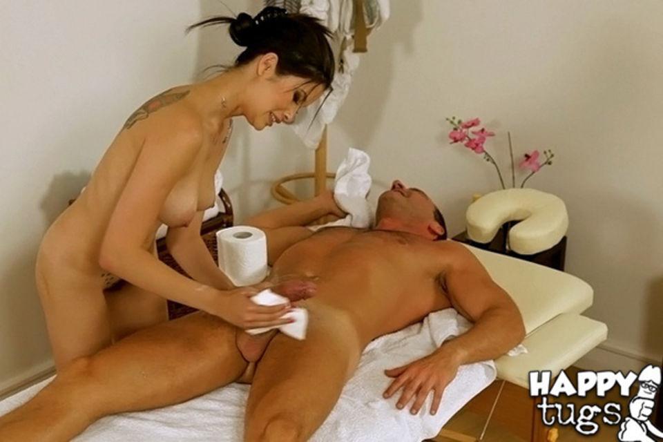 спит порно накаченного мужчины с массажисткой любимое